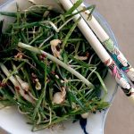 Korean green onion/chive salad ready to eat.