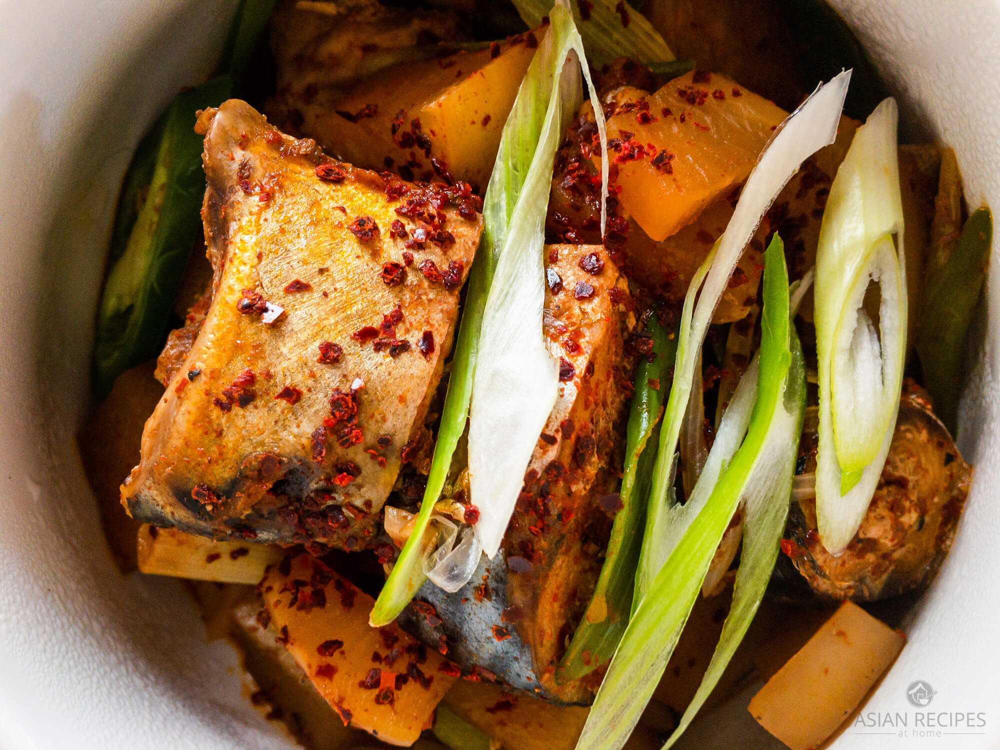 Mackerel fish and Korean radish are the stars in this delicious and spicy Korean braised dish.