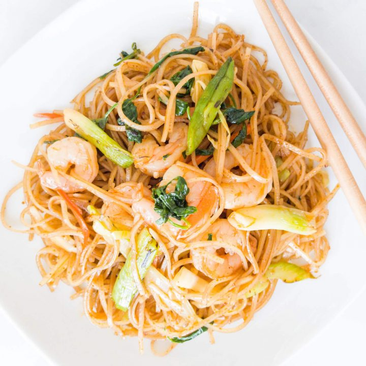 These stir-fried rice noodles are spicy and delicious thanks to our homemade Korean red chili pepper paste (gochujang) stir-fry sauce.