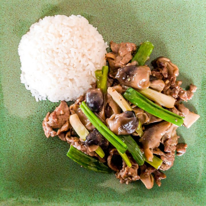 Whole30 Straw Mushrooms and Beef Stir-fry